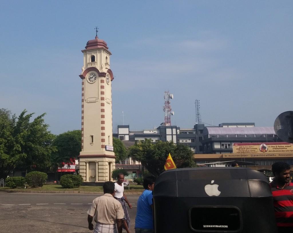 Bokšto laikrodis uosto aikštėje
